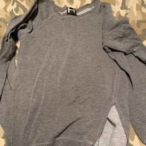 H by Bordeaux grey sweatshirt sz m